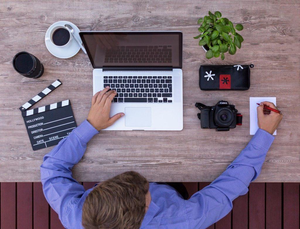 filmmaker, youtuber, script